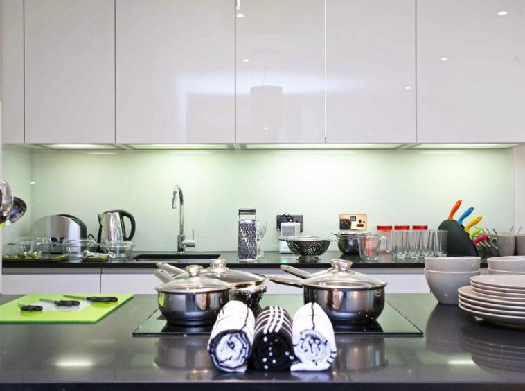 E1- Kitchen 5