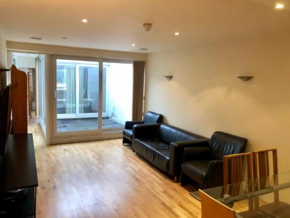 W2- Living Room 2