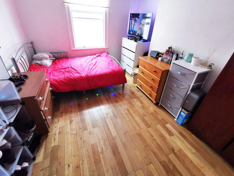 W3- Double Room