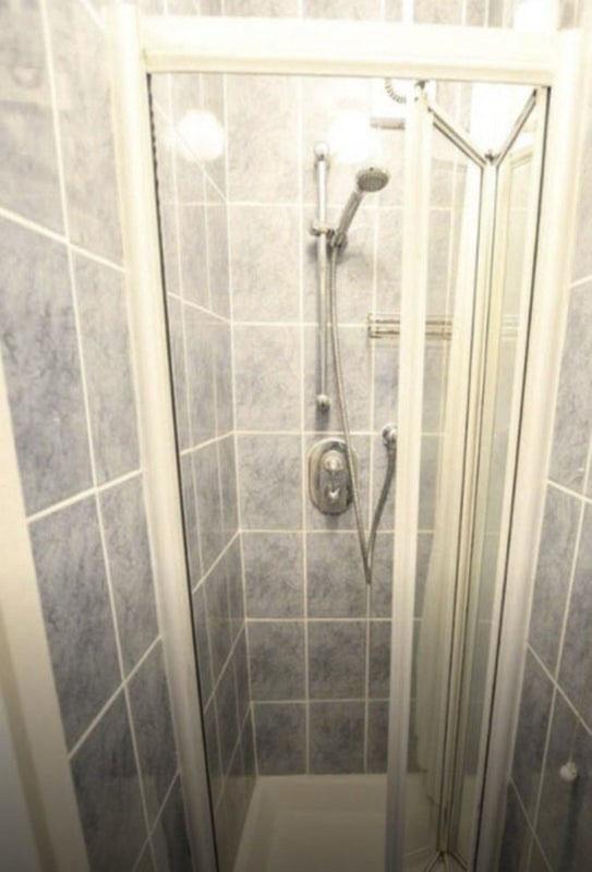 W3- Shower Room